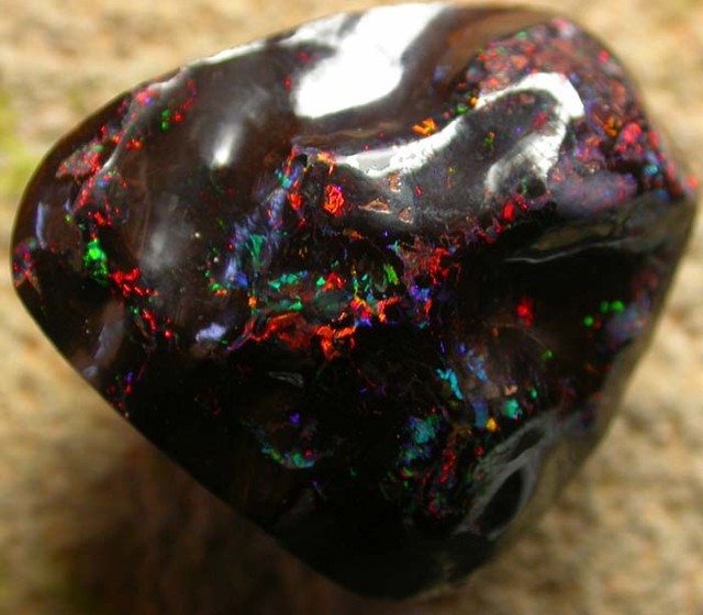 """54.76 CTS QUALITY  SOLID OPAL-""""VOLCANO HILLS''   [S101 ]"""