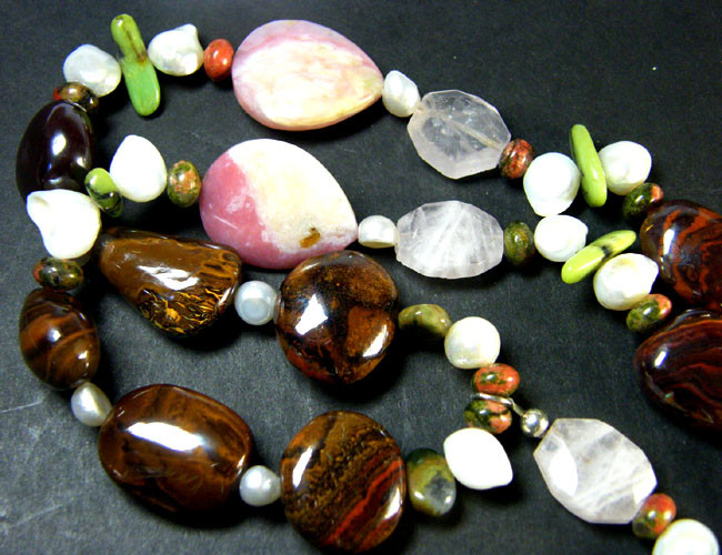 KOROIT OPAL AND GEMSTONE JEWELLERY SET 1150 CTS OM1139