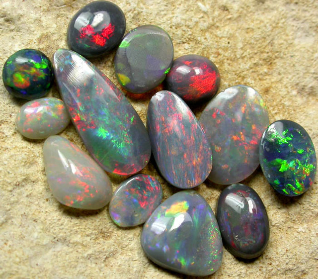 QUALITY  SOLID OPAL  PARCEL 4.2 CTS [SG472 ]