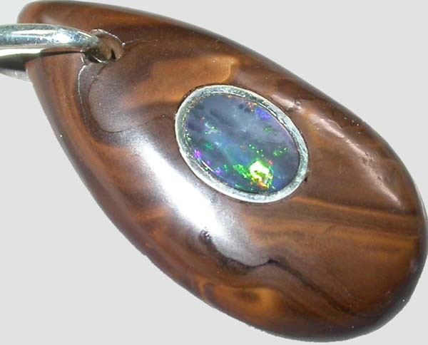 OPAL INLAY PENDANT/SLIVER CHAIN-23 CTS  [BMP1388 ]