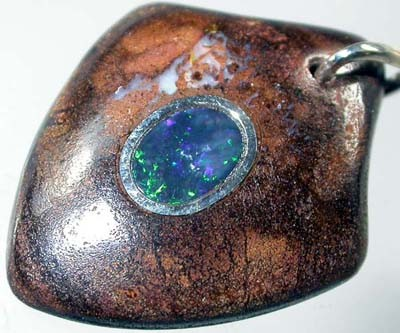OPAL INLAY PENDANT/SLIVER CHAIN-27 CTS  [BMP1406 ]
