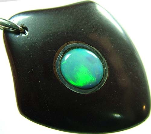 OPAL INLAY PENDANT/SLIVER CHAIN-29 CTS  [BMP1460  ]