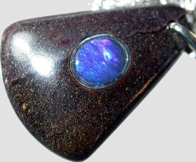 OPAL INLAY PENDANT/SLIVER CHAIN-26 CTS  [BMP1508 ]