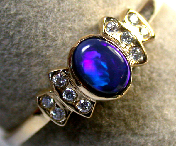 DEEP BLUE FIRE BLACK OPAL 14K GOLD RING SIZE 7.5-8 MY 587