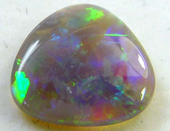 CRYSTAL OPAL FROM BLACK OPAL  FIE LDS  1.   CARATS   QO 3273