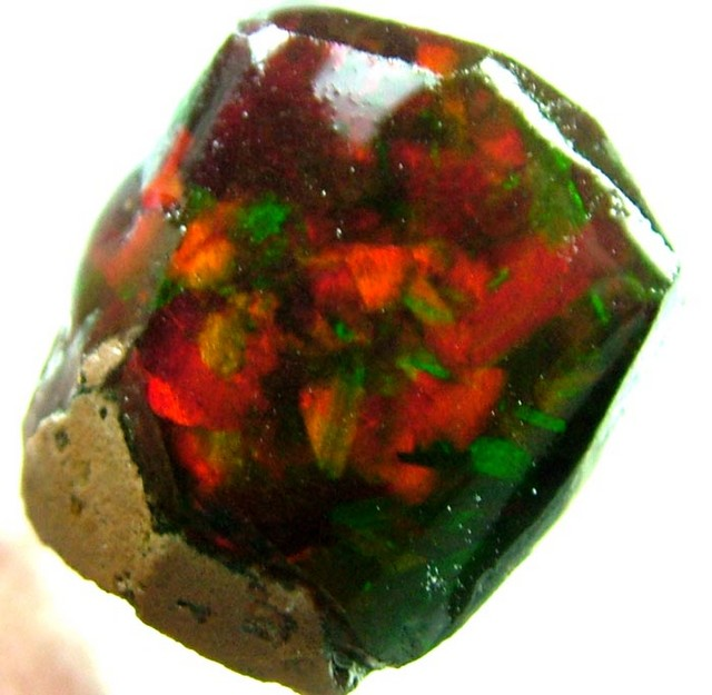 QUALITY ''GLOWING RED'' ETHIOPIAN OPAL [SG152 ] 20.60CTS
