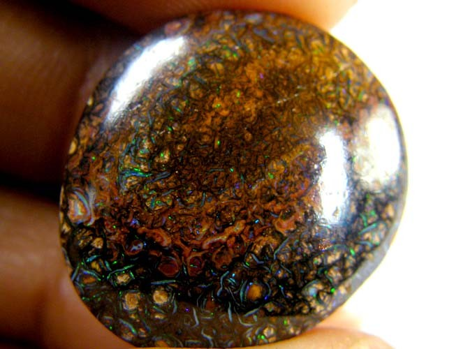 GREEN SHIMMER FLASH KOROIT TOP END OPAL 22.60 CARATS R 2093