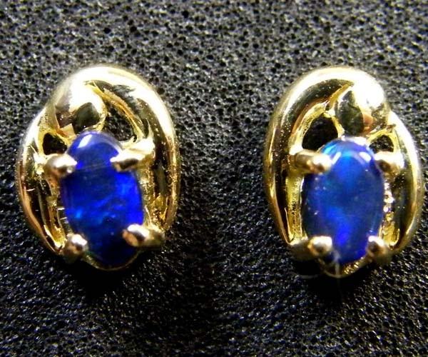 DOUBLET OPAL 18K GOLD EARRINGS 0.70 CTS SCA 2117
