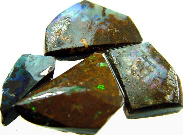 BOULDER ROUGH  PARCEL  FROM QUILPIE 82 CTS  [BY242 ]