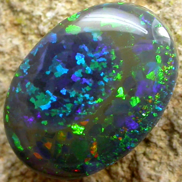 N4 BLACK OPAL FROM LIGHTNING RIDGE 2.6 CTS [S1030 ]