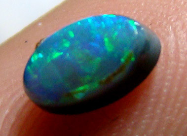 LIGHTNING RIDGE  SOLID CUT OPAL 0.44CT DO-26