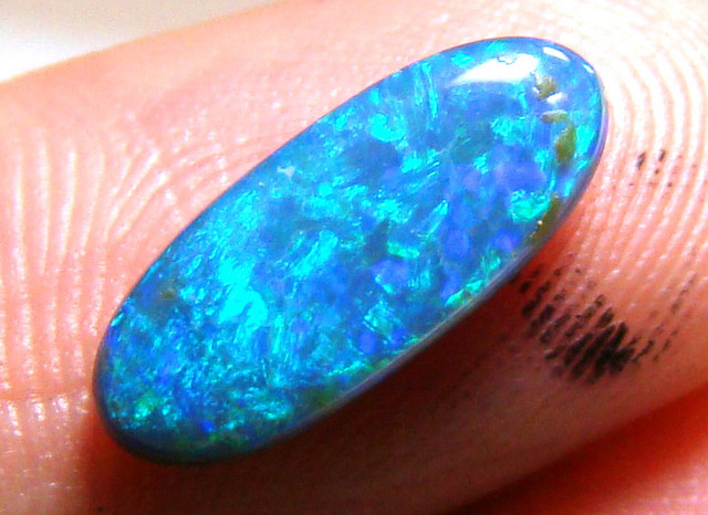 LIGHTNING RIDGE  SOLID CUT OPAL 1.36CT DO-31
