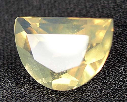 LIGHTNING RIDGE SOLID OPAL CRYSTAL FANCY FACET 1.65 ct