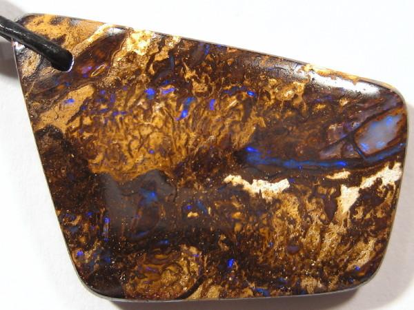 YowahOpals*30.40Cts 'Aussie' Drilled Boulder Opal +