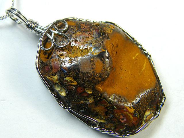 KOROIT OPAL WIRE WRAP PENDANT 93 CTS  MM 167