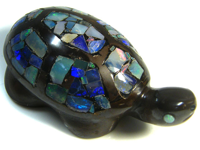LUCKY INLAID OPAL TURTLE CARVING   239  CARATS  JO586