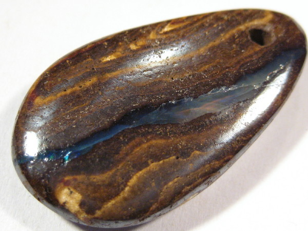 YowahRough- 18.40Cts Boulder OPAL for Pendant*