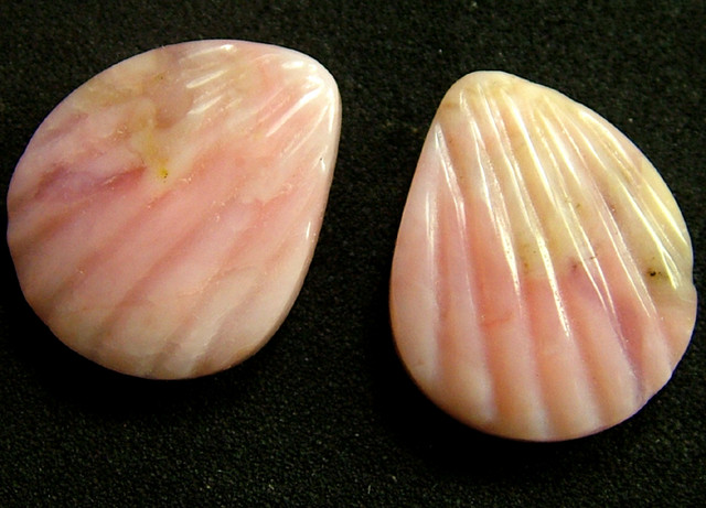 PINK OPAL -GRADE A -FLOWER CARVING  16.60 CTS [VS1204 ]
