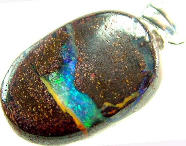 BOULDER OPAL PENDANT WITH SILVER BAIL 12.5 CTS [BMP2287 ]