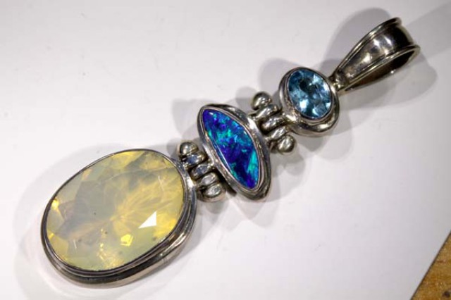 61 CTS SOLID OPAL FACETED OPAL /DOUBLET PENDANT  TBO-2958