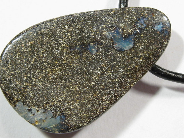 YowahOpals*33.00Cts 'Queensland' Boulder Opal - DRILLED -