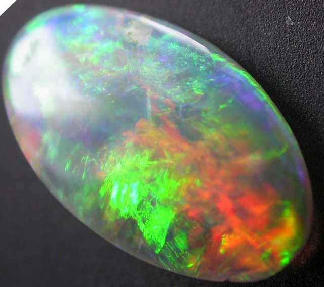 LIGHTNING RIDGE CRYSTAL OPAL 0.70cts (A4)