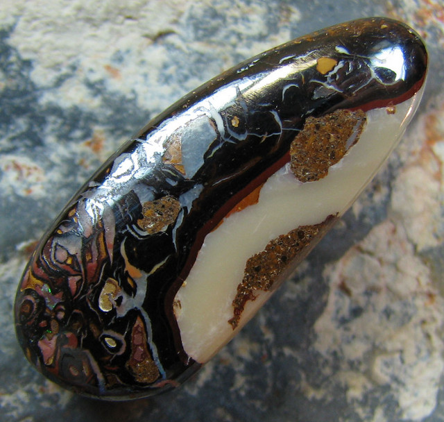 NATURAL KOROIT PENDANT STONE (drilled sideways) 20.55 CTS A1457