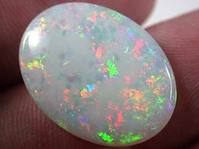 LARGE MULTI FIRE  OPAL  10 CARATS FO233