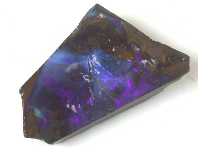 DEEP MAUVE FLASH ROUGH BOULDER OPAL 40.40 CTS GR1045
