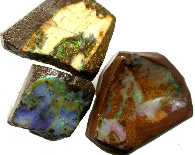 3 PIECES  OF BOULDER  ROUGH 93.05 CTS [BY1775]