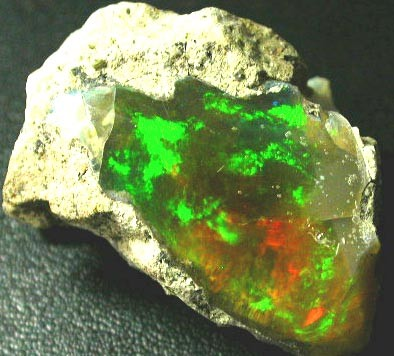 LARGE BRIGHT WELO  CRYSTAL ROUGH OPAL  -  76.66 CTS [VS3231]