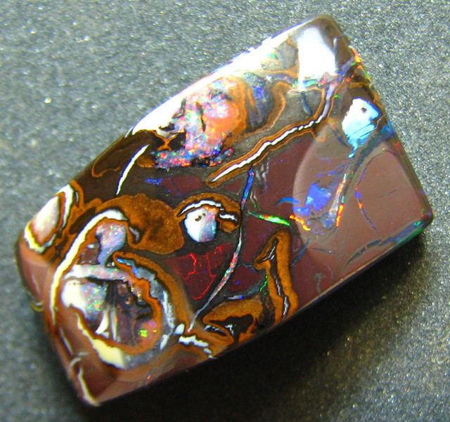 QUALITY KOROIT OPAL GREAT PATTERN FROM AUSTRALIA 17.90 CTS