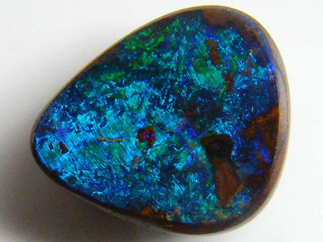 BOULDER  OPAL GREEN FLASH 2.40    CTS  MM 1613