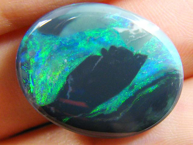 13.5 cts BLACK  OPAL  LARGE PICTURE STONE  JO 1206