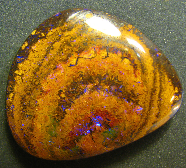 GORGEOUS PATTERN KOROIT STONE -GET YOUR PIECE OF AUSSIE OPAL A3720
