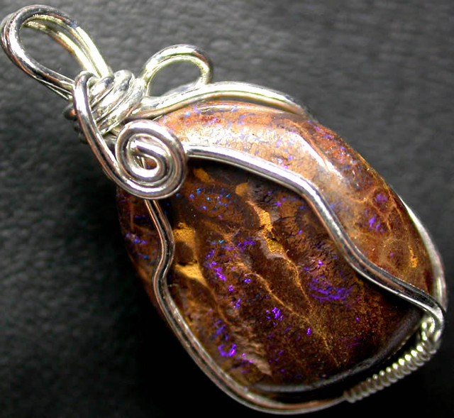 BOULDER MATRIX WIRE WRAPPED 19.20 CTS [BMA3204 ]