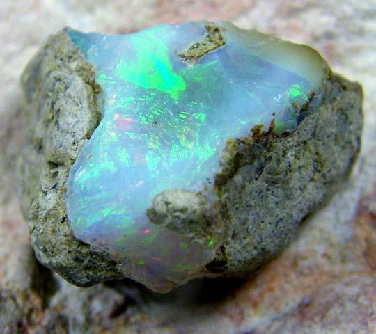 Rough Ethiopian Opal 8.40 Carats  code QOM 421