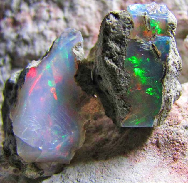 SF PARCEL Rough Ethiopian Opal 19.95 Carats  code QOM611