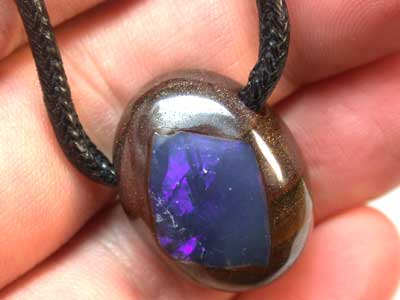 BOULDER IRONSTONE PENDANT WITH OPAL INLAY 46CT GR1377