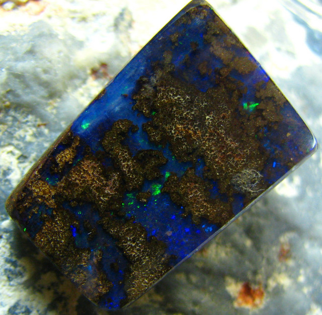 POLISHED BOULDER OPAL - DRILLED- FOR PENDANT USE 21.00 CTS A5617