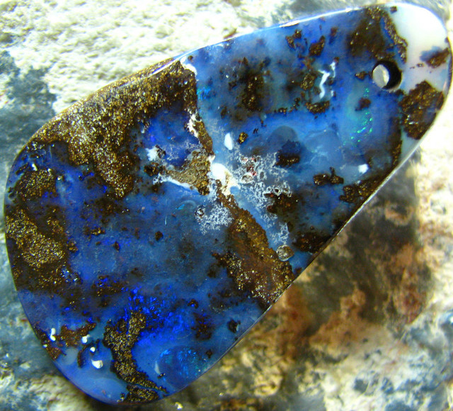 POLISHED BOULDER OPAL - DRILLED- FOR PENDANT USE 32.10 CTS A5684