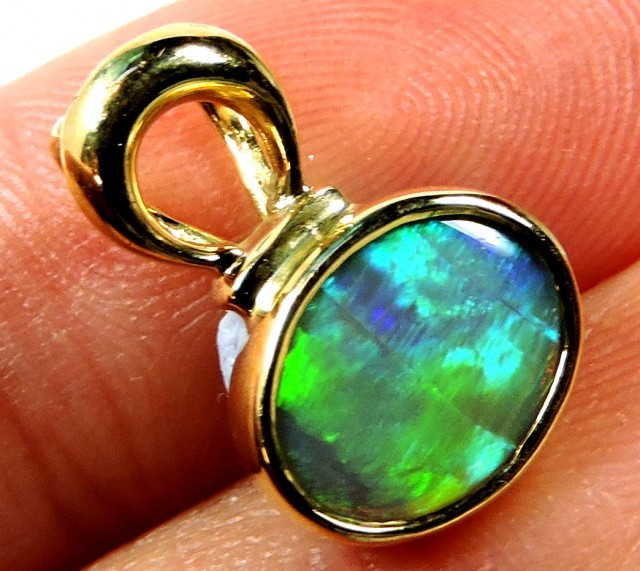 SEA GREEN FLASH CRYSTAL OPAL 18K GOLD PENDANT SCO244