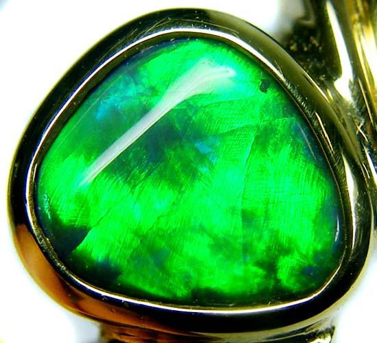 FIRERY GREEN!! BLACK OPAL 18K GOLD RING SIZE 6.5 CJ1689