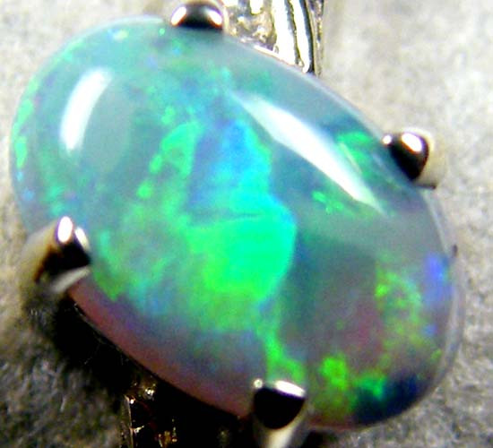 GREEN FLASH BLACK OPAL 18K GOLD RING SIZE 7 CJ1693
