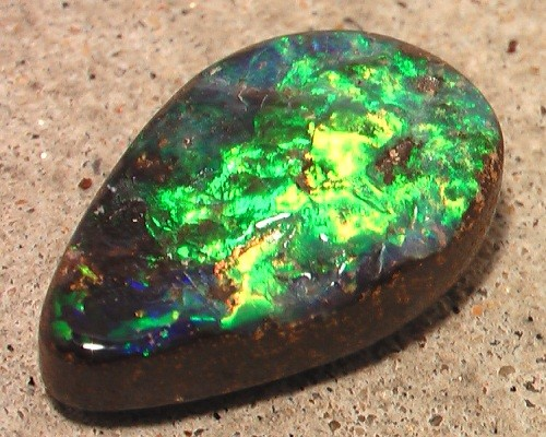 WOW WOW WOW 'AS BRIGHT AS IT GETS' BOULDER OPAL *see VIDEO*