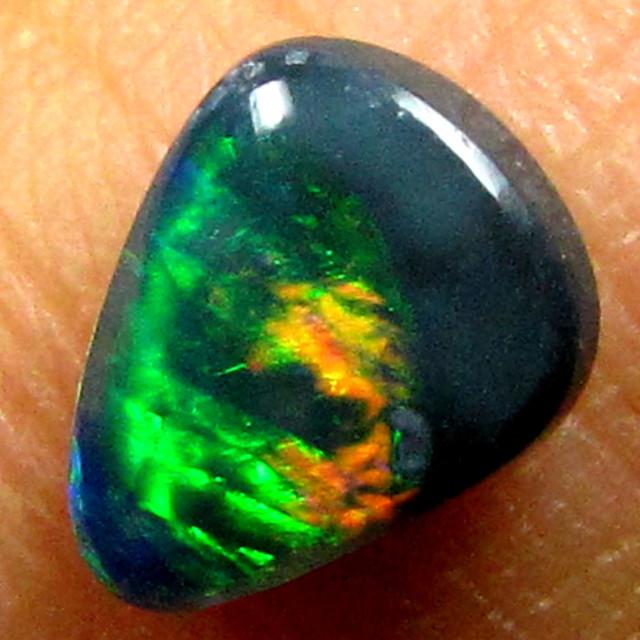 BLACK OPAL GREEN FLASH .55CT K259