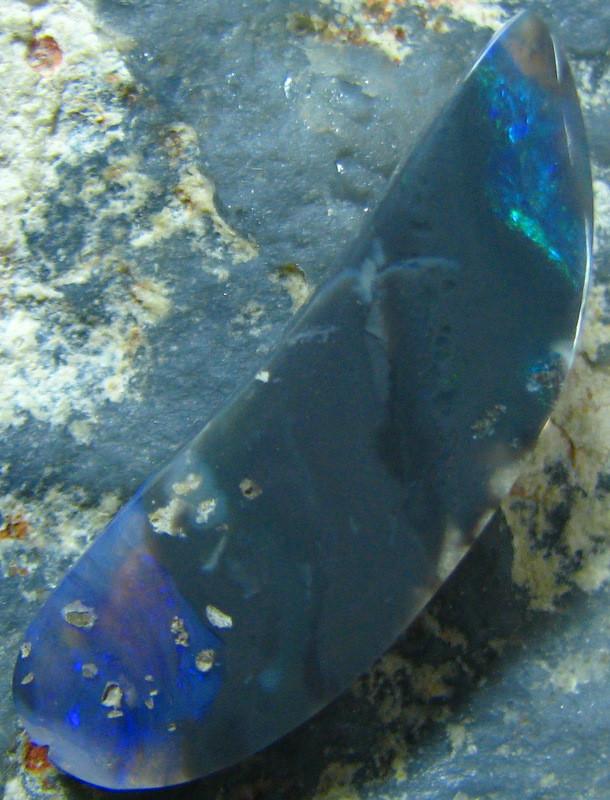SOLID BLACK OPAL FUN STONE LIGHTNING RIDGE 4.85 CTS A6259