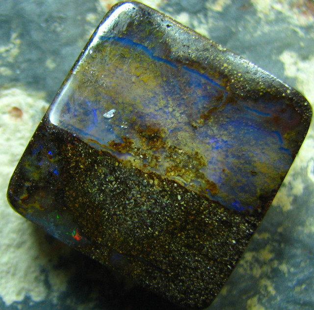 POLISHED BOULDER OPAL - DRILLED- FOR PENDANT USE  26.65 CTS A6498