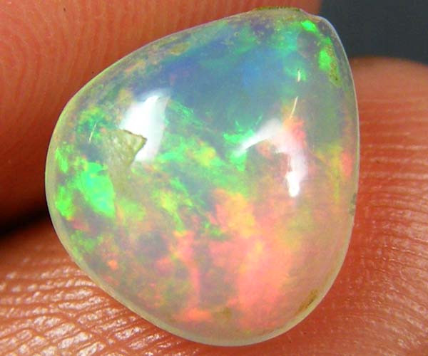 WOW FIRERY ETHIOPIAN OPAL 1.45 CTS  FOB  122