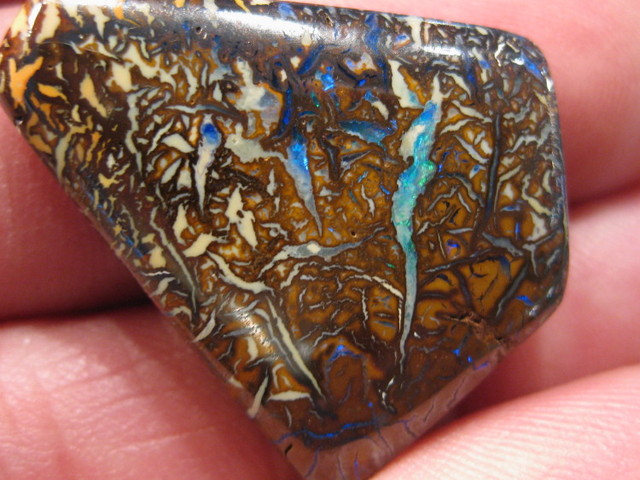 OpalWeb - Natural Australian Opals are better! - 45.00Cts